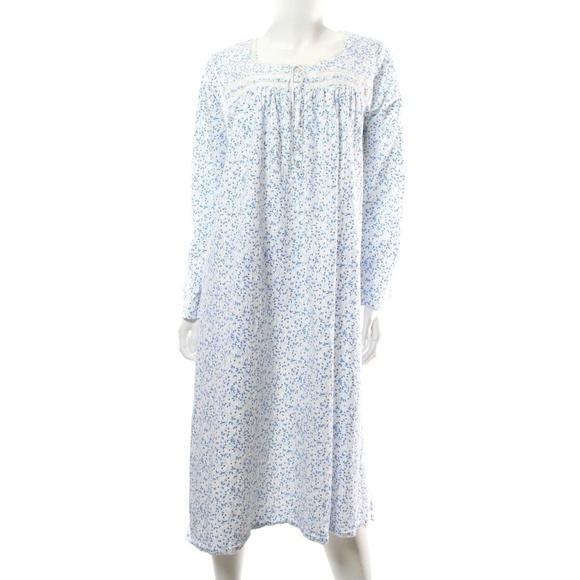 b56f495bed Eileen West Other - Eileen West Blue White Floral Cotton Nightgown